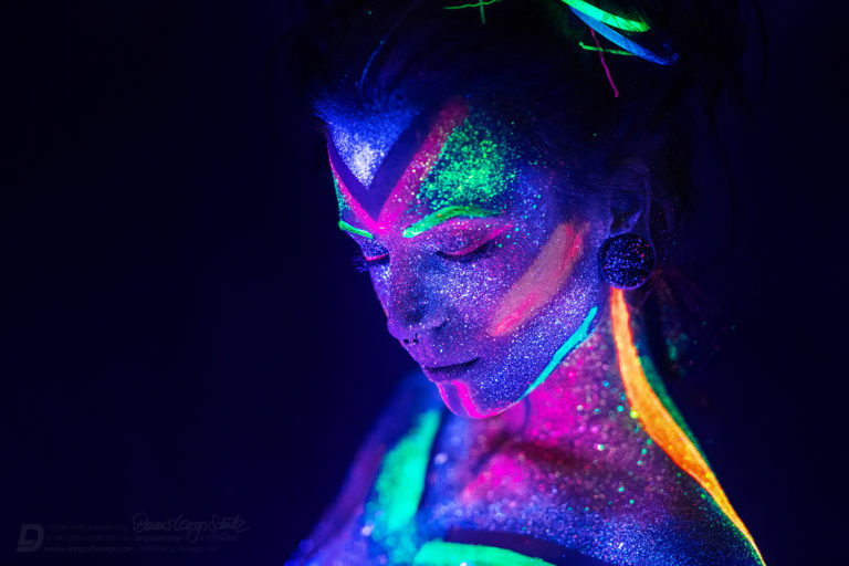 UV ART by LARGO